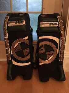 Black Ice Show Down 27 in. Street Hockey Goalie Pads for Sale
