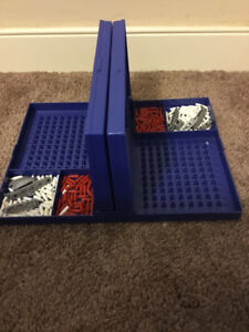 Mini BattleShip! Perfect condition and no missing pieces!