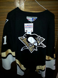 Pittsburgh Malkin CCM UNUSED jersey