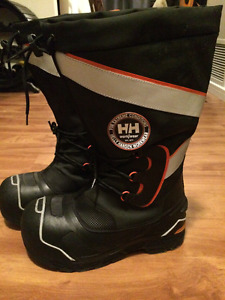 Helly Hansen | Buy or Sell Clothing in Edmonton | Kijiji