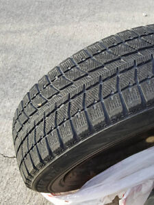 4 Winter Tires - Excellent condition! (&hubcaps)