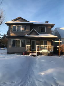 Newer 6 Bedroom House for Rent Walking Distance to University