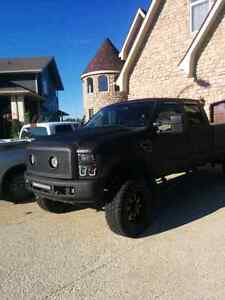2008 ford f350 xlt long box ( No emails)