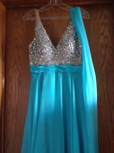 Brand New With Tags Grad/Prom/Formal Dress size 8 Strathcona County Edmonton Area image 2