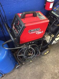 Lincoln electric gas mig welder SP-135T with cart