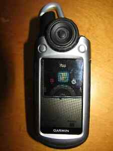 used working Garmin Colorado 300 With a 3.5-inch screen.