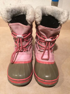 Girls Sorel Waterproof Winter Boots Size 2 London Ontario image 2
