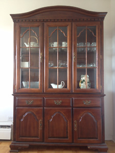 Vaisellier/Display Cabinet
