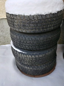 Winter tires 205/75/R15