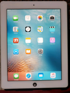 Ipad 2 16GB w Glass screen protector & Griffin Case