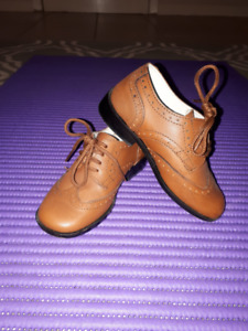 selling shoes for boy