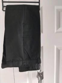 Black school trousers age 12/13 BNWT