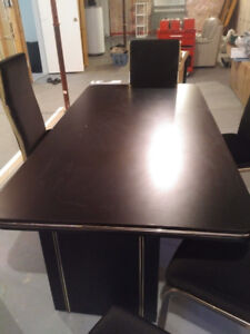 Black kitchen Table & 6 chairs
