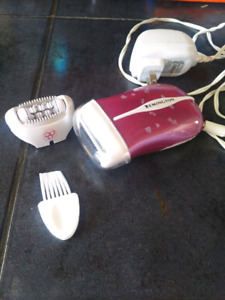 Epilatory and shaver remington. Barely used.