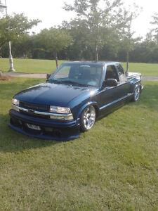 1998 Chevrolet S-10 Pickup Truck Has Air Ride Oakville / Halton Region Toronto (GTA) image 4