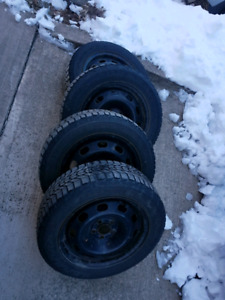 "Toyota Winter tires 15"" Firestones - Prius / others"