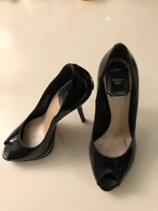 CHRISTIAN DIOR Black Patent Leather Peep Toe Miss Dior Pumps