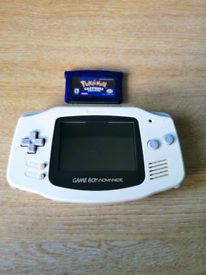 Nintendo Gameboy Advance + Pokemon Sapphire