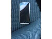 I phone 5c 16 gig In white on ee
