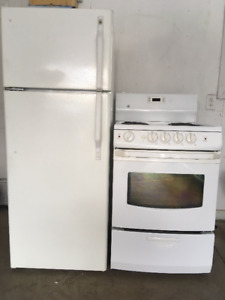 """FREE DELIVERY 24"""" Stoves/fridges $300/up Mikes 306 373 0053"""