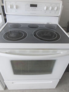 Frigidaire White Glass Stove in Good Condition