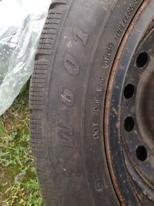 2 tires and 4 Rims P205/55r16