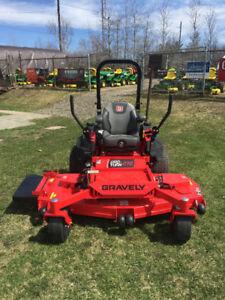 NEW Gravely Pro-Turn 272 Commercial Mower