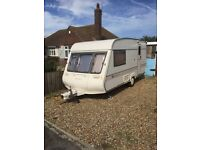 1994 BAILEY PAGEANT CD MAGENTA LUXURY 2 BERTH TOURING CARAVAN WITH FULL SIZE AWNING