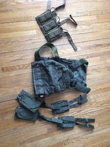 Paraclete plate carrier and pouches/ molle 3 mag pouch