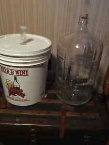 Wine making carboy and fermenting pail