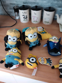DISPICABLE ME MINIONS SOCKS SLIPPERS ETC £1.50 EACH