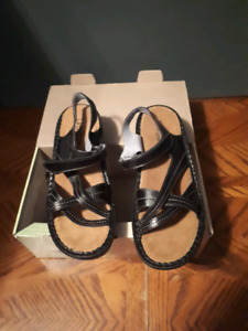 Naot sandals black leather size 41 10 women's new in box