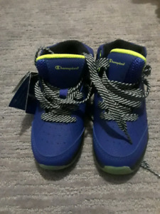 Boys shoes size 10. Brand new