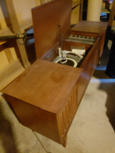 Marconi Stereophonic Radio/ Record Player
