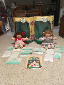 1987 ORIGINAL CABBAGE PATCH TALKING DOLLS BY COLECO
