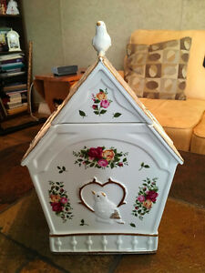 Royal Albert Old Country Roses Birdhouse Cookie Jar - JUST $85!