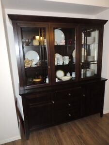 BUFFET AND HUTCH -- Like New