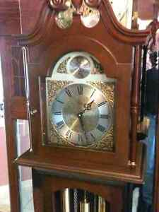 Hentchels Grandmother Clock - Westminster Chimes London Ontario image 2