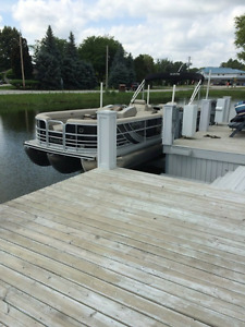 Pontoon for sale - 2013 South bay Deluxe 728SL