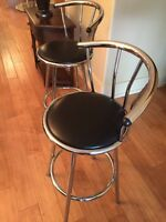 Chrome swivel bar/kitchen stools