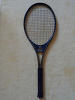 tennis raquet