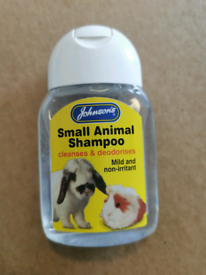 Johnson's small animal shampoo, 125mls