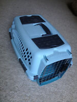 pet taxi, small, blue