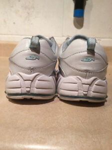 Women's Dr. Scholl's Shoes Size 7 London Ontario image 2