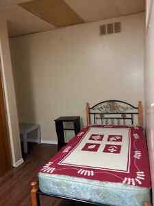 Furnished Room on 1324 King street in Kitchene All Inclusive