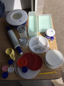 Tupperware and Rubbermaid Items