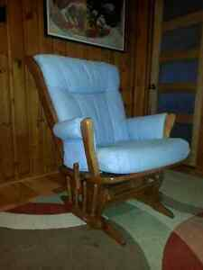 Dutailier Sleigh Glider Rocker with Multiposition Lock