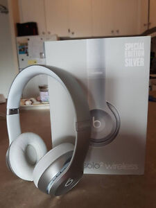 Beats solo2 Wireless - Silver