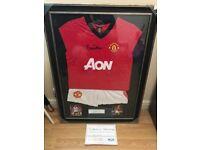 Bryan Robson Signed Mini Manchester United Football Kit inc COA