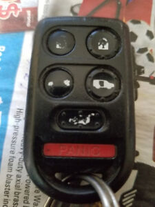 Selling remote keyless remote fob for 2005 2006 2007 2008 2009 2
